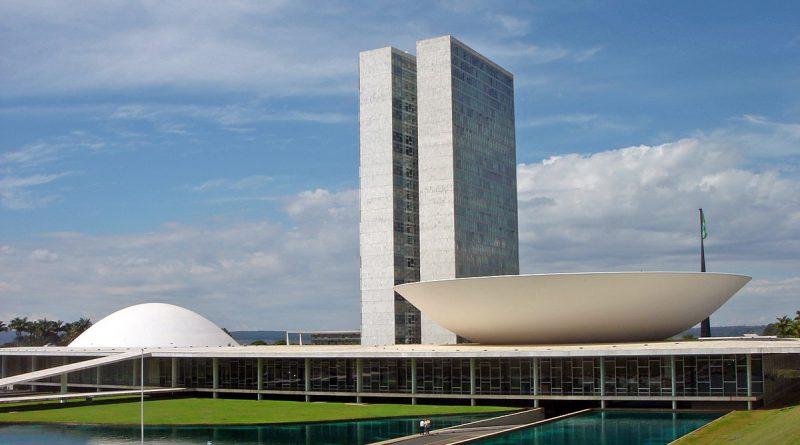 Brasil. Ley 14.046.  Prevé el aplazamiento y cancelación de servicios, reservas y eventos en los sectores turístico y cultural debido a la pandemia Covid-19